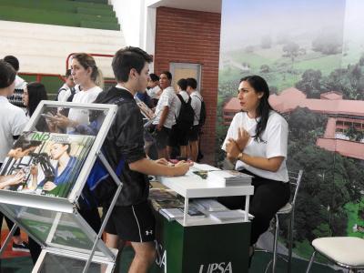 Feria de Universidades 9